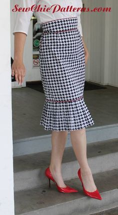 Sew Chic Pattern Vignette Skirt LN1618