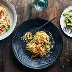 5 fast and easy pasta sauces - They'll be ready by the time the pasta's done.
