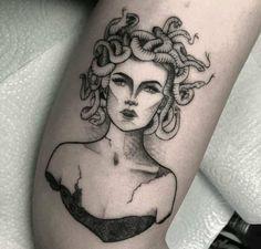 Tattoos 3d, Mini Tattoos, Body Art Tattoos, Small Tattoos, Sleeve Tattoos, Cool Tattoos, Tatoos, Medusa Tattoo Design, Tattoo Designs