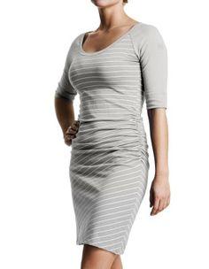 Robe ARY | FIG Clothing | Vêtements de voyage 100 % fabriqués au Canada