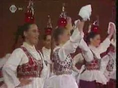 Szép magyar tánc - Tolnai üveges tánc Hungarian Bottle Dance - done at Harvest time to celebrate when the grapes are ready Hungarian Dance, Folk Dance, Irish Celtic, Love Drawings, My Heritage, Time To Celebrate, Kinds Of Music, Great Movies, Budapest