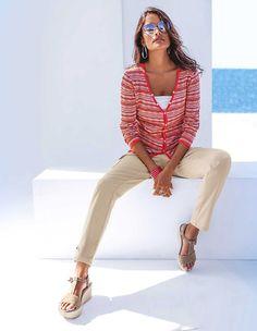 Schlanke Cargo-Jeans, schwarz, schwarz | MADELEINE Mode Cargo Jeans, Madeleine Fashion, Outfit Jeans, Trends, Photography, Outfits, Belgium, Green, Fotografie