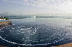 Double Tree by Hilton Istanbul - Moda -   Outdoor Pool