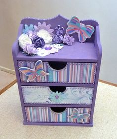 Kaisercraft User Gallery - Chest of Drawers - Powered by PhotoPost Kids Room Furniture, Cardboard Furniture, Cardboard Crafts, Painted Furniture, Paper Crafts, Jewelry Box Makeover, Decoupage Box, Diy Box, Diy Home Crafts