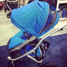 Britax is really stepping up its style with the new Affinity! The strollers have a reversible seat, custom color combos, and a bassinet that's sold separately.