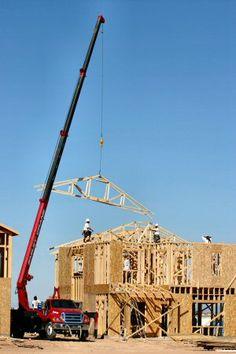UNIC Truck-mounted crane Truck Mounted Crane, Mechanical Engineering, Utility Pole, Trucks, Truck, Engineering