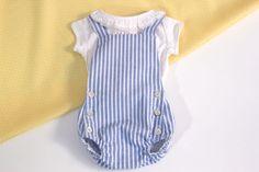 Costura: hacer esta ranita para bebé (patrones gratis en varias tallas) | | Oh, Mother Mine DIY!! Baby Knitting, Crochet Baby, Sewing For Kids, Baby Patterns, Beautiful Babies, Baby Boy Outfits, Sewing Tutorials, Rompers, Clothes