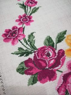 Hardanger Embroidery, Cross Stitch Designs, Diy And Crafts, Cross Stitch Borders, Kitchen, Log Projects, Sachets, Embroidery Stitches, Gems