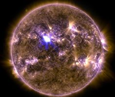 NASA image of April 11 mid-level solar flare | Science Wire | EarthSky