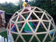Kuppel-Klettergerüst für den Garten // #Klettergerüst #Spielgerät #Spielplatz #DADDYlicious