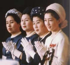 1965 3 日本赤十字大会にご臨席の妃殿下方