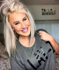 30 Hottest Short Layered Haircuts Right Now (Trending for - Style My Hairs Pretty Hairstyles, Bob Hairstyles, Long Blonde Hairstyles, 1940s Hairstyles, Hairstyles Videos, Updo Hairstyle, Wedding Hairstyles, Medium Hair Styles, Short Hair Styles