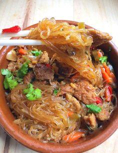 Sapasui (Le chop suey samoan) – World Food Samoan Chop Suey Recipe, Healthy Eating Tips, Healthy Recipes, Samoan Food, A Food, Food And Drink, Polynesian Food, Vegetarian Lifestyle, Island Food