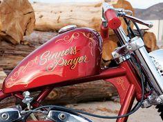 """Harley-Davidson FL/FX """"Shovelhead"""" chopper painted gas tank"""