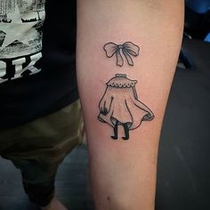 Kuvahaun tulos haulle näkymätön ninni Stick N Poke Tattoo, Stick And Poke, Cute Tattoos, New Tattoos, Moomin Tattoo, Invisible Children, Midnight Thoughts, Tattoos For Kids, Make Your Mark