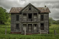 Abandoned farm house in West Virginia I'm sure this was beautiful in its day!