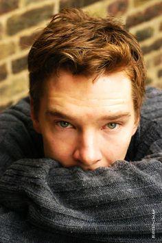 whaaaaaa....  okay, its settled. his hair, in my opinion, is best short, not the curly Sherlock style... sorry sherlock fandom