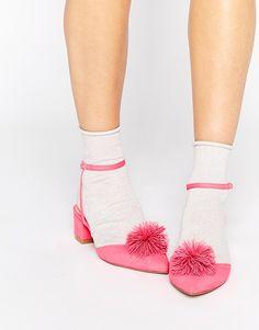 ASOS – Pink Pom Pom Shoes