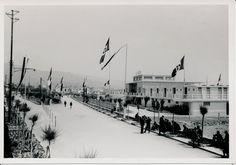 Il Lido, inaugurato da Benito Mussolini il 15 maggio 1938, attende l'arrivo del Duce. #Chiavari #Riviera #Liguria #Ottocento #the1800s