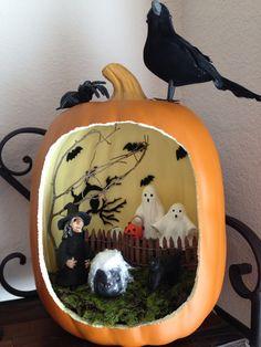 Trick-or-treat surprise diorama-Pumpkin diorama