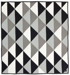 Ferm Living Tagesdecke 'Remix' aus Baumwolle/Polyester, schwarz/weiß/grau, 235x245cm