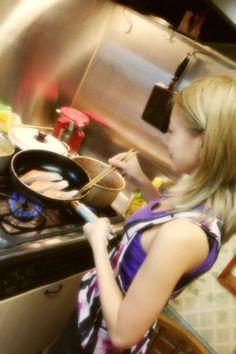 ママのお手伝い‼|AAA 伊藤千晃オフィシャルブログ「Bijyo Diary」Powered by Ameba http://ameblo.jp/chiakiki110/entry-11331947365.html