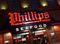 Road Trip Stops: Phillips Seafood House for Crabcakes.