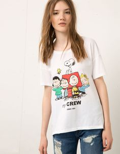 T-shirt Bershka Snoopy - T-shirts - Bershka France Funny Outfits, Nike Outfits, Summer Outfits, Funny Clothes, Snoopy T-shirt, Peanuts Snoopy, Peanuts T Shirts, New Mods, Vintage Adidas