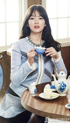 Timeless beauty in blue. Song Hye Kyo, Korean Actresses, Korean Actors, Korean Beauty, Asian Beauty, Korean Celebrities, Celebs, Asian Woman, Asian Girl