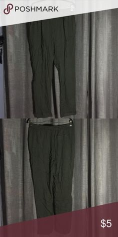 army colored pants army green pants with one back pocket on the right side. has strings to tighten Forever 21 Pants