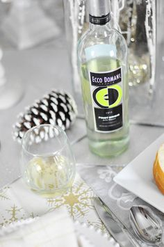 The Ecco Domani Pinot Grigio has a delicate floral taste with a hint of citrus that pairs well with most dishes and is perfect to have on hand for the holidays from appetizers all the way to desserts!