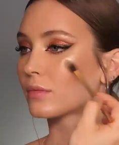 Makeup Hacks, Makeup Inspo, Makeup Inspiration, Makeup Ideas, Makeup Trends, Hair Hacks, Makeup Guide, Makeup Geek, Makeup Remover
