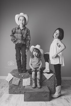 Calgary Stampede | Cowboys and Cowgirls mini session | Calgary, Alberta | Focus Sisters Photography