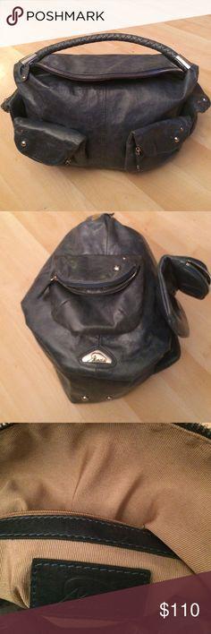 New large grey green leather purse New Aaneta large grey green leather purse. 4 pockets on the outside Aaneta Bags Shoulder Bags