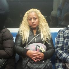 """27 Me gusta, 4 comentarios - VeryImportantPeople (@v_____i_____p) en Instagram: """"#morning #madrid #metrodemadrid #woman #blonde #witch #modernwitch #instagood #instadaily…"""""""