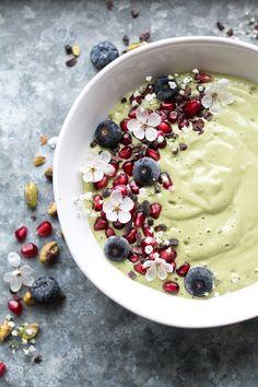 ... vegan pistachio milk green smoothie bowl ...