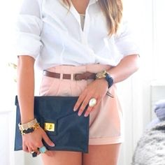 coral, navy and gold.  great for summer!