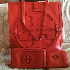 MAKE OFFERS!!! Tory Burch 3-Piece Bundle Tory Burch Handbag, Wallet, Coin Purse. Bag has small scrap on bottom part of bag featured in the photo. Everything in great condition. Also comes with dust bag. Will not accept low ball offers!! Tory Burch Bags Shoulder Bags