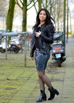 Jardin de la mode: outfitBLACKERISH I have been seeing so many pencil...