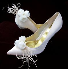 Bridal Shoe Clips Ivory Chiffon Roses With by Chuletindesigns, $25.00