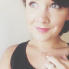We love how @ThymeisHoney  rocks her @gorjanagriffin  honeycomb necklace.