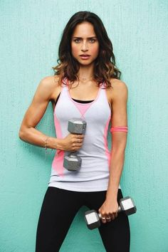 Greatest Arm Workout Routines For Ladies With Dumbbells http://fitbodybuzz.com/best-arm-workouts-for-women-with-dumbbells/ #workout #fitness
