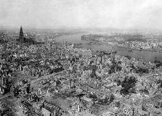 Koeln 1945 - Historia de la fotografía - Wikipedia, la enciclopedia libre