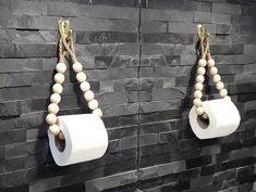 Handmade Home Decor 84784 A wonderful eco-friendly toilet paper holder made of round wooden beads and a jute rope. Perfect for any bathroom. This holder can be used as a toilet paper holder or as a towel holder. Handmade Home Decor, Diy Home Decor, Creation Deco, Beaded Garland, Wooden Beads, Diy Furniture, Plywood Furniture, Dresser Furniture, Design Furniture