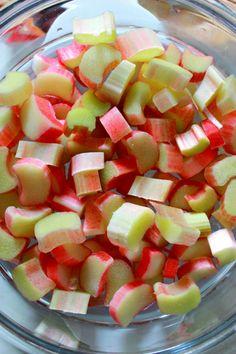 bewholed: + strawberry rhubarb poppy seed buckwheat porridge (vegan, gluten free, refined sugar free) +