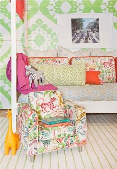 #Safari or #Zoo Themed Pattern Play! // AestheticOiseau.com { would be cute for a playroom or family room}