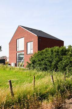 STAARC ingenieurs en architecten - house JS - exterior- facade - volume - photo Bram Tack