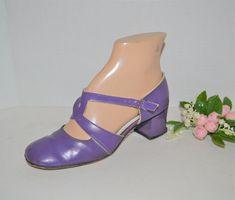 Top Braid, Top Top, 1960s Fashion, Vintage Shoes, Character Shoes, Fashion Forward, Snug, Minimal, Dance Shoes