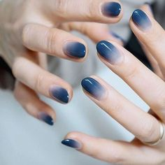 99 Admiring Nail Art Designs Ideas To Try In 2019 How to utilize nail polish? Nail polish on your friend's nails looks perfect, nevertheless you can't appl Gradient Nails, Holographic Nails, Gel Nails, Nail Polish, Acrylic Nails, Stiletto Nails, Coffin Nails, Nail Nail, Toenails