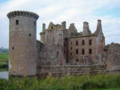 """""""Scotland - Caerlaverock Castle"""" by vtveen on Flickr - Caerlaverock Castle:  view of the back and inner court of the castle with the Nithsdale Lodging; all clearly visible because the south wall was destroyed in 1640."""